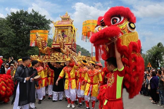 Quảng Ninh: Nhẹ nhàng tĩnh tâm, đầu năm đi lễ hội Đền Cửa Ông - Ảnh 1
