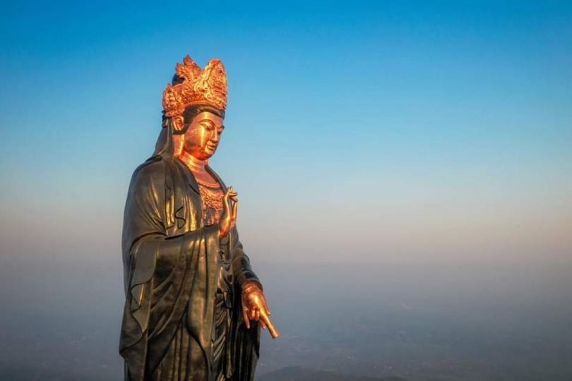 Chiêm ngưỡng tượng Phật Bà cao nhất châu Á trên miền tâm linh Núi Bà kỳ vĩ - Ảnh 2