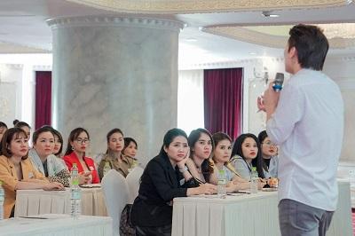 """BS da liễu Nguyễn Quỳnh Ân: Bác sĩ có tài, có tâm, luôn đặt chữ """"đức"""" lên hàng đầu - Ảnh 2"""