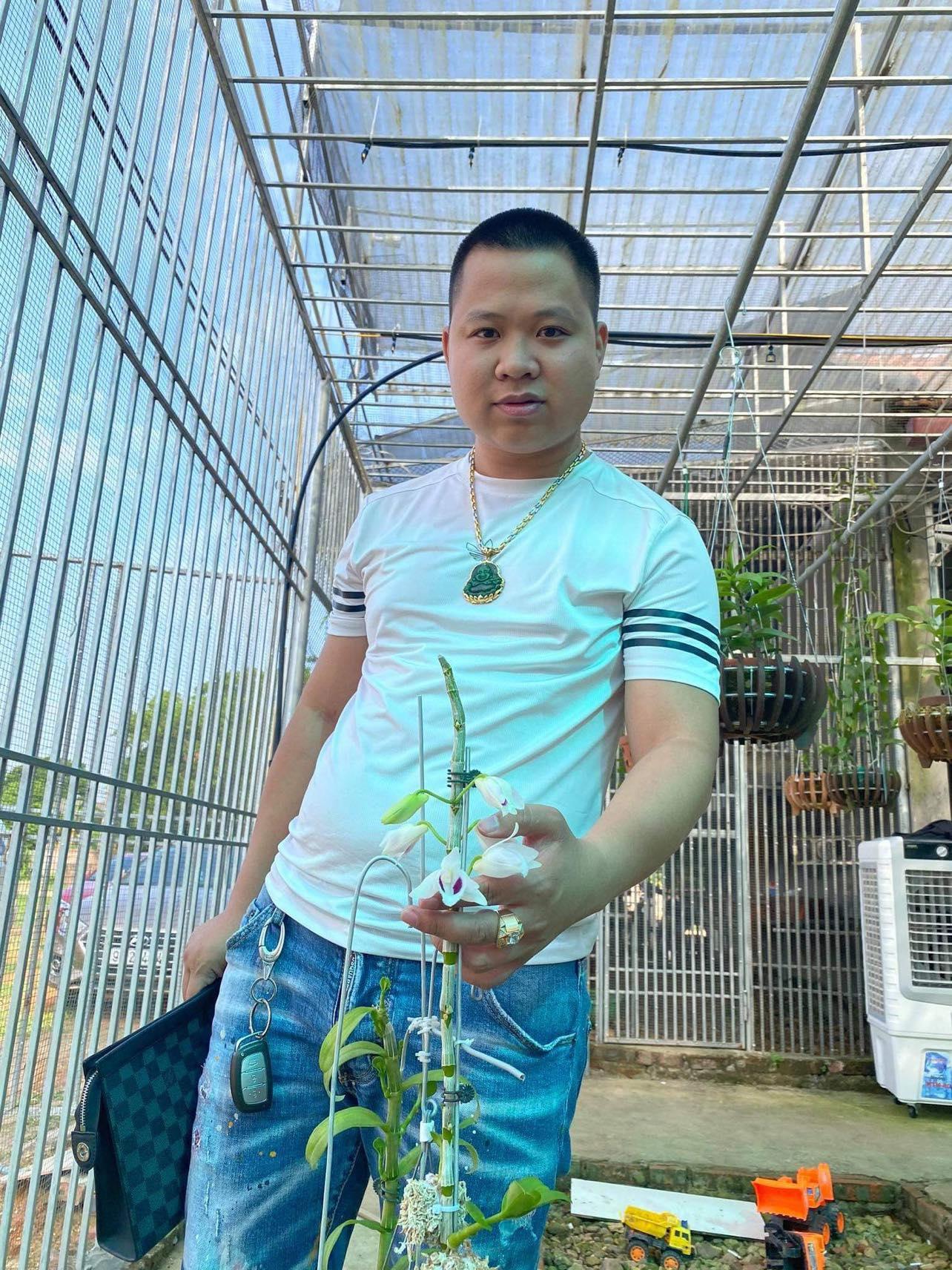 Chàng trai 9X gốc Hà Nam và tình yêu lớn dành cho loài hoa lan - Ảnh 2