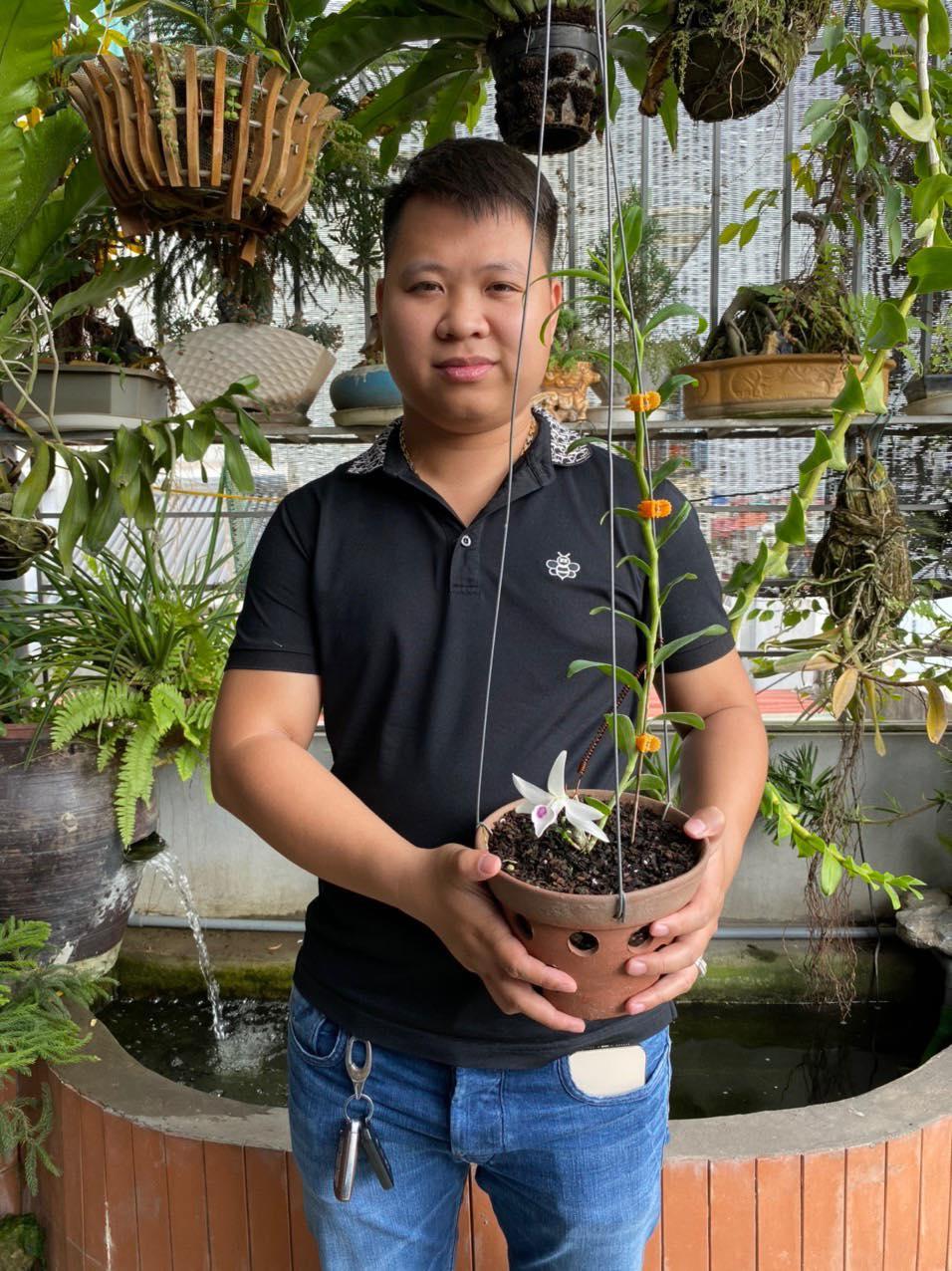 Chàng trai 9X gốc Hà Nam và tình yêu lớn dành cho loài hoa lan - Ảnh 1