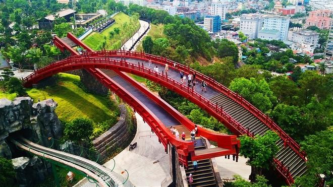 Những công trình thu trọn tinh hoa thế giới tại Việt Nam - Ảnh 1