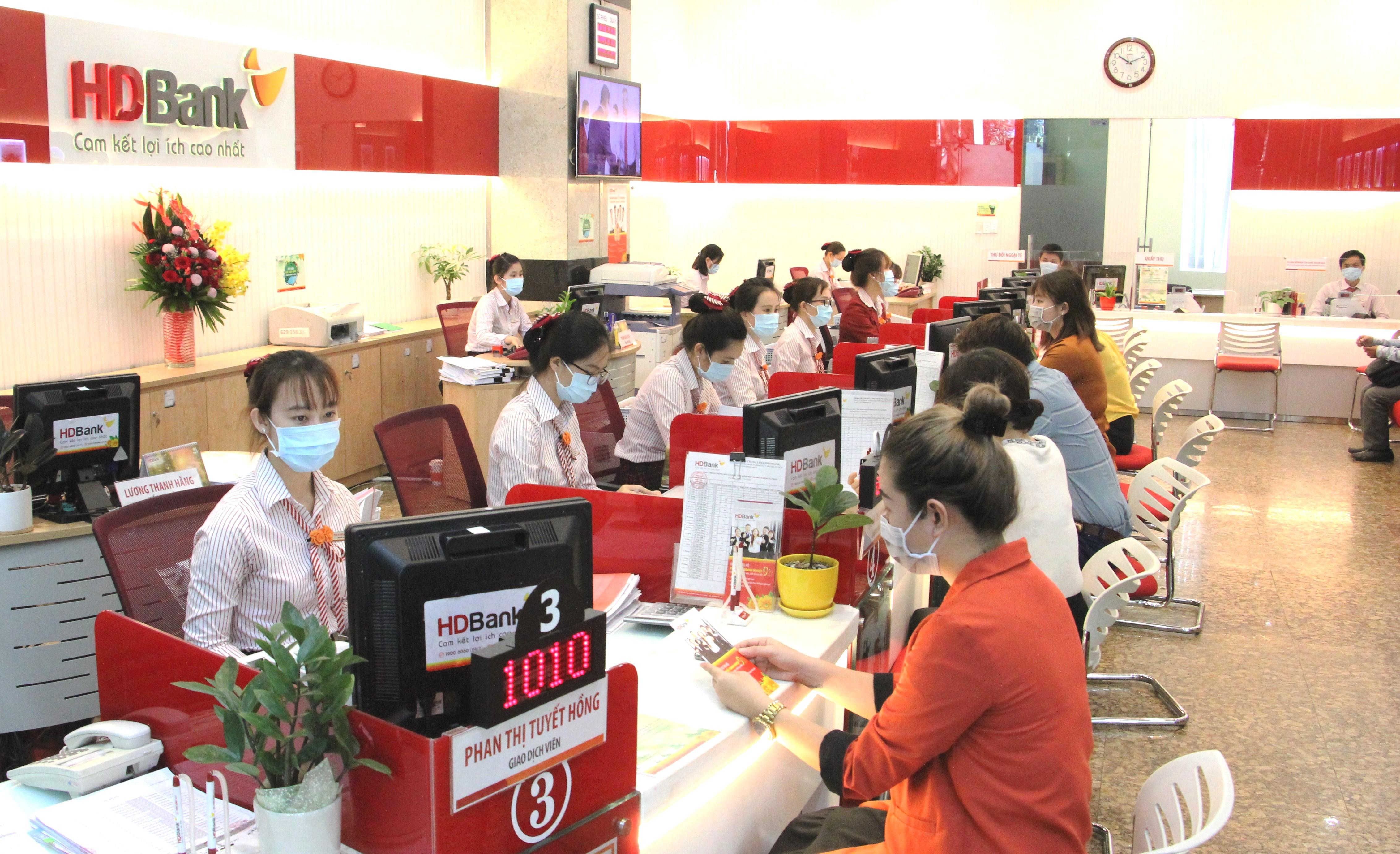 HDBank ưu đãi phí cho khách hàng mở tài khoản doanh nghiệp - Ảnh 2