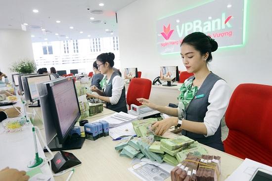 Cú bứt phá ngoạn mục của thương hiệu VPBank - Ảnh 2