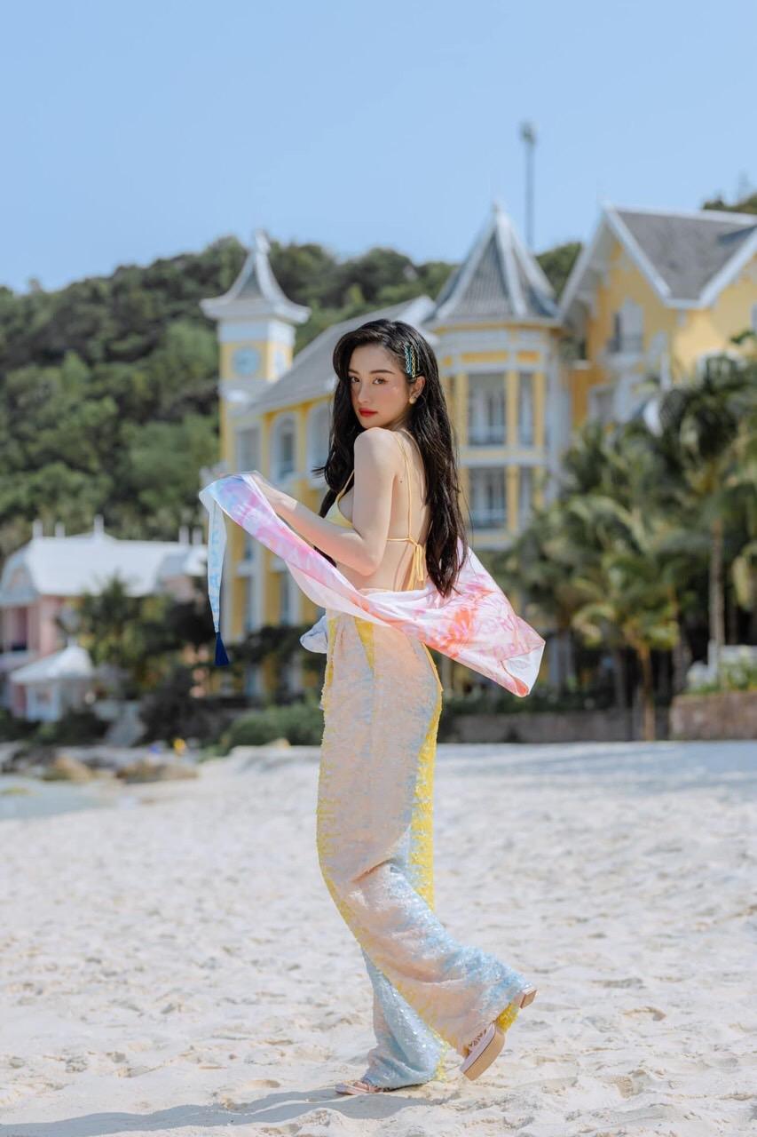 Nam Phú Quốc, Địa Trung Hải và điều bất ngờ lớn từ cuộc hội ngộ giữa thời trang và kiến trúc trong show Fashion Voyage #3 - Ảnh 10