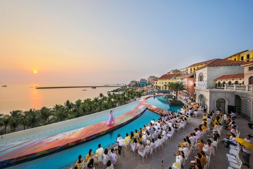 Nam Phú Quốc, Địa Trung Hải và điều bất ngờ lớn từ cuộc hội ngộ giữa thời trang và kiến trúc trong show Fashion Voyage #3 - Ảnh 5