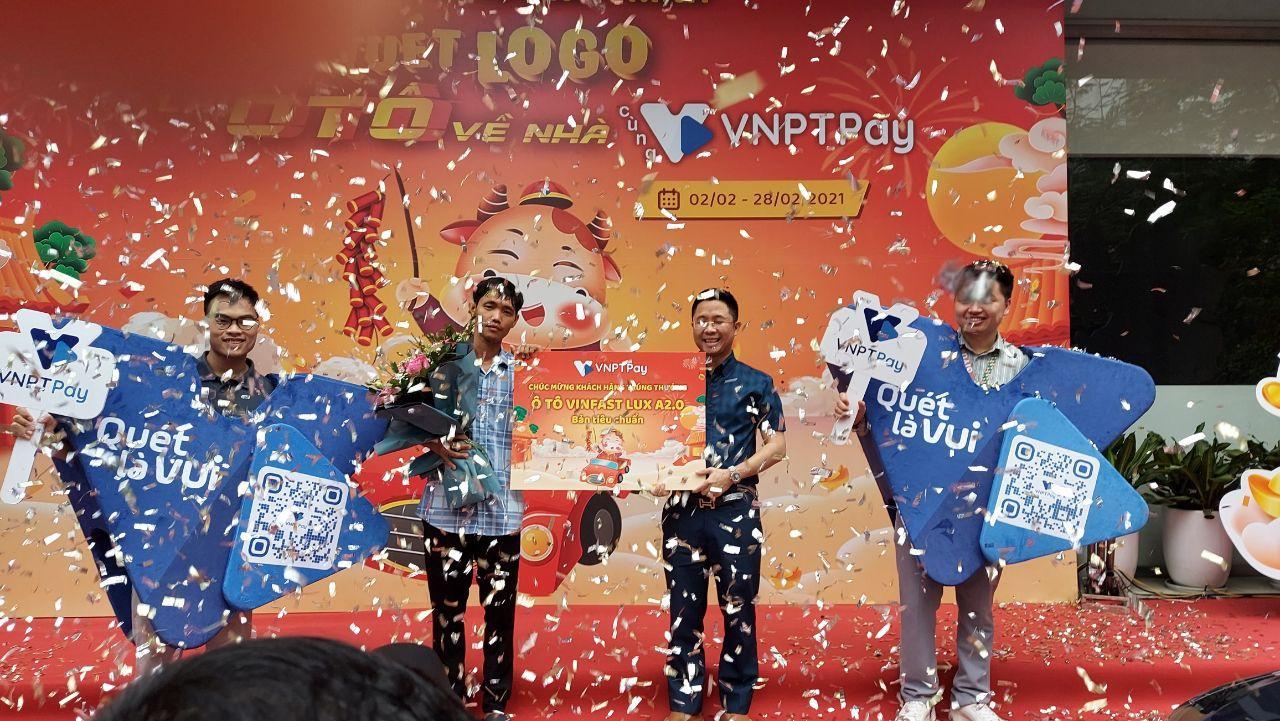 VNPT PAY trao thưởng cho khách hàng trúng ô tô Vinfast LuxA - Ảnh 1