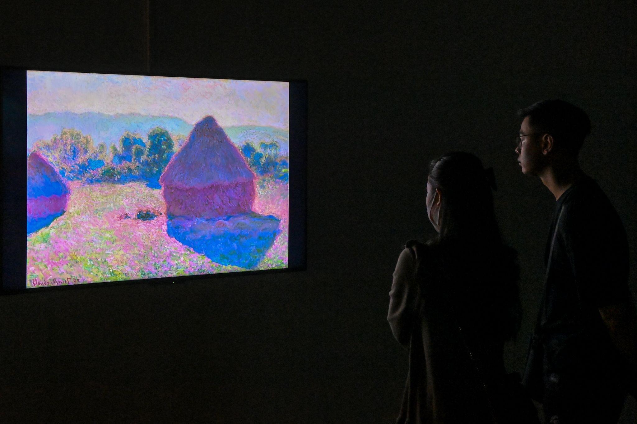 """""""Ngoài"""" và """"trong"""" ở triển lãm của Claude Monet và Pierre Bonnaer tại VCCA  - Ảnh 5"""