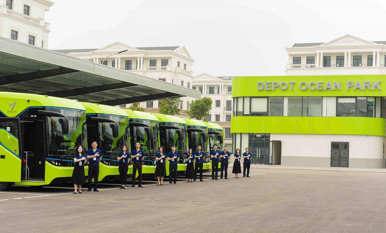 VinBus chính thức vận hành xe buýt điện thông minh đầu tiên tại Việt Nam - Ảnh 1