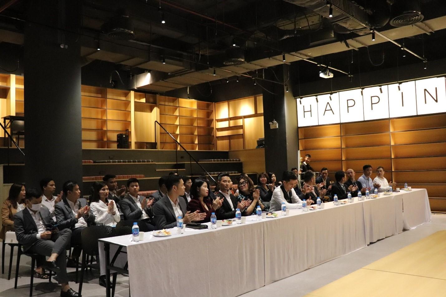 CenLand là đơn vị phân phối chính thức dự án Apec Mandala Sky Villas Kim Boi - Ảnh 1