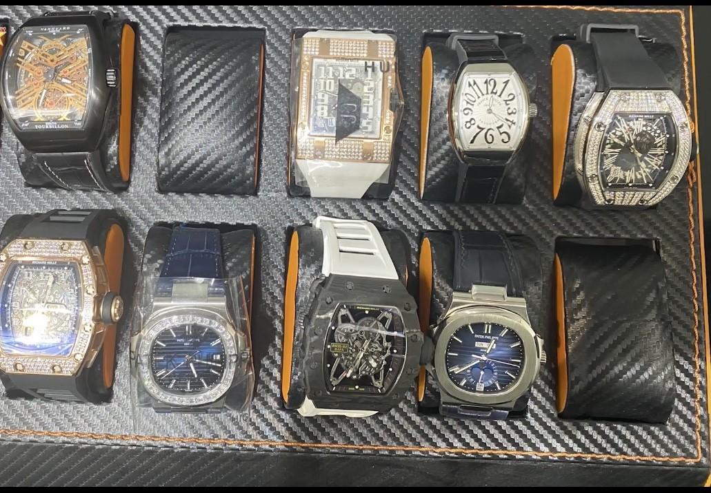 """Loạn thị trường đồng hồ - Bài 1: Khi hàng fake """"lên ngôi""""? - Ảnh 1"""