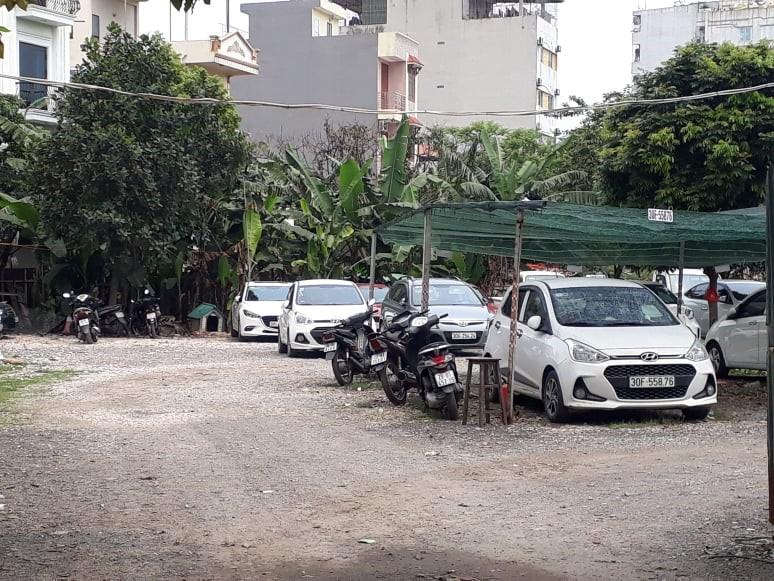 Hà Nội: Hàng loạt nhà tạm, bãi trông giữ xe trái phép tại quận Hoàng Mai ngang nhiên hoạt động công khai - Ảnh 3