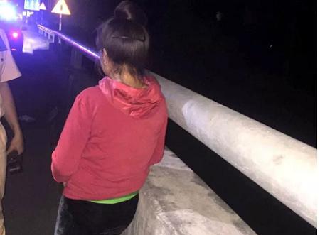 Quảng Ninh: Giải cứu thành công người phụ nữ nhảy cầu tự tử vì bị chủ thầu nợ lương 3 tháng - Ảnh 1