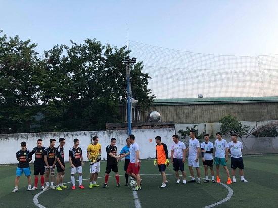 Giao hữu bóng đá giữa Báo Đời sống & Pháp luật và Đội CSGT 15 - Ảnh 2