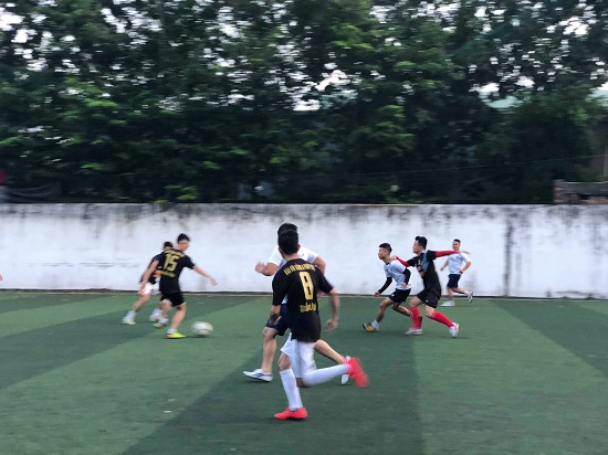 Giao hữu bóng đá giữa Báo Đời sống & Pháp luật và Đội CSGT 15 - Ảnh 4