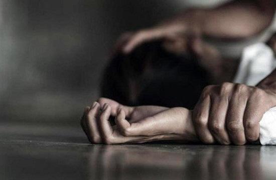Hà Giang: Điều tra nghi án bé gái 12 tuổi bị hàng xóm hiếp dâm nhiều lần - Ảnh 1