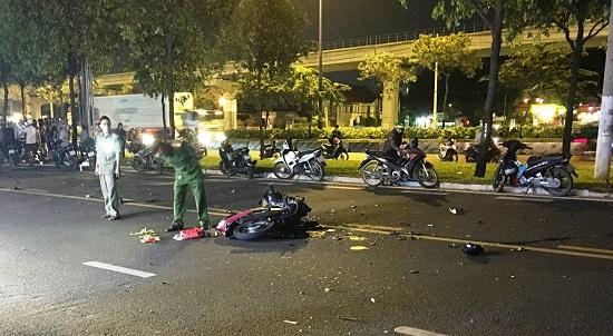 TP.HCM: Hai xe máy tông trực diện, nam thanh niên tử vong trong đêm - Ảnh 1