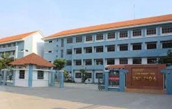 TP. HCM: Điều tra nghi án bảo vệ trường THCS dâm ô học sinh - Ảnh 1