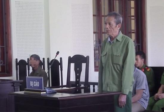 Nghẹn đắng phiên tòa xét xử người cha chém con trai vì hỗn xược - Ảnh 1