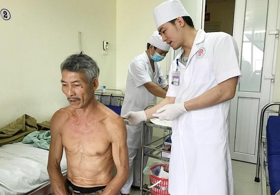 Thái Nguyên: Điều tra nghi án con rể đâm bố mẹ vợ thương vong rồi tự sát - Ảnh 1