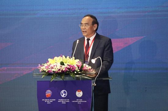 Chủ tịch Hội Luật gia Việt Nam: Vai trò và tiếng nói của giới luật gia ngày càng quan trọng trong việc bảo vệ hòa bình, ổn định và phát triển ở Biển Đông - Ảnh 2