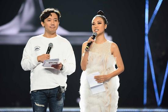 Hé lộ ảnh hậu trường siêu lung linh của Top 45 Hoa hậu Hoàn vũ Việt Nam 2019 trước thềm chung kết - Ảnh 10