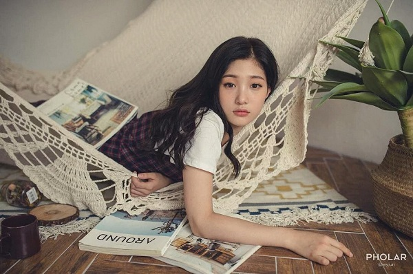 """Những nữ thần tượng Hàn Quốc dũng cảm công khai """"đụng dao kéo"""" - Ảnh 3"""