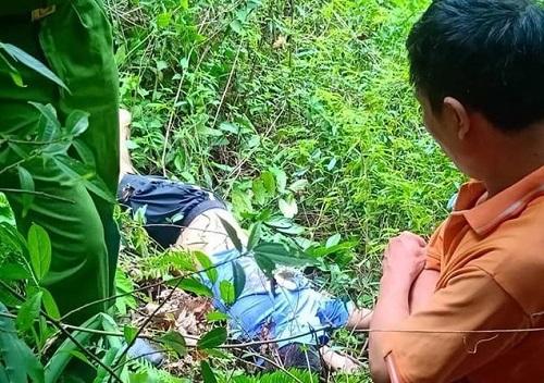 Hà Giang: Leo núi Cấm Sơn, nam thanh niên rơi xuống vực sâu 100m tử vong - Ảnh 1