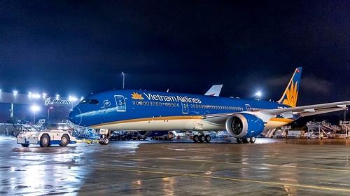 Vụ 200 hành khách chờ 1 người nối chuyến: Vietnam Airlines tiếp tục lên tiếng - Ảnh 1