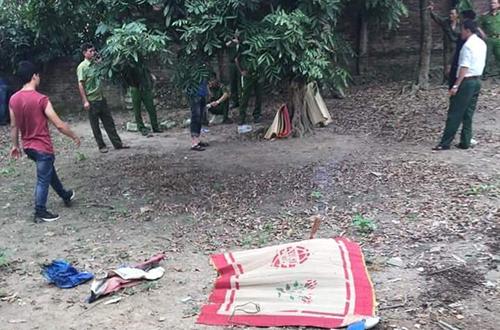 Khởi tố vụ án bác rể sát hại cháu 7 tuổi, chôn thi thể dưới đống gạch ở Hà Nội - Ảnh 1
