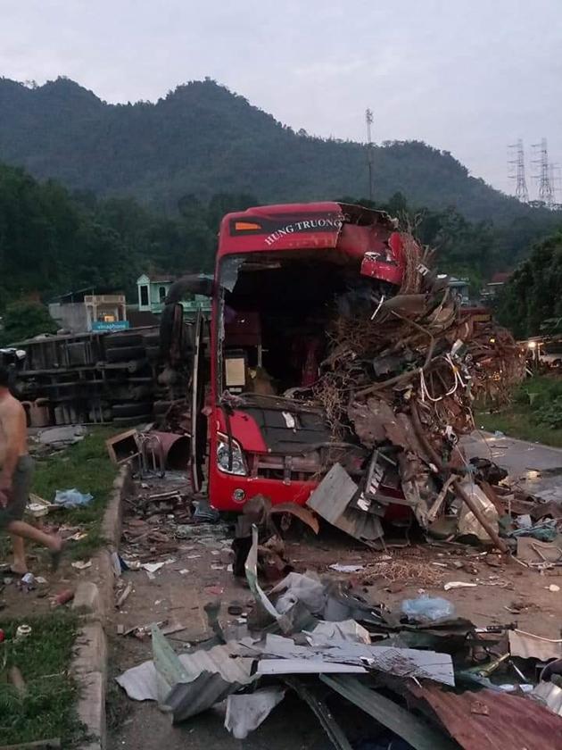 Tin tức thời sự mới nóng nhất hôm nay 18/6/2019: Tai nạn thảm khốc ở Hòa Bình khiến 34 thương vong - Ảnh 1
