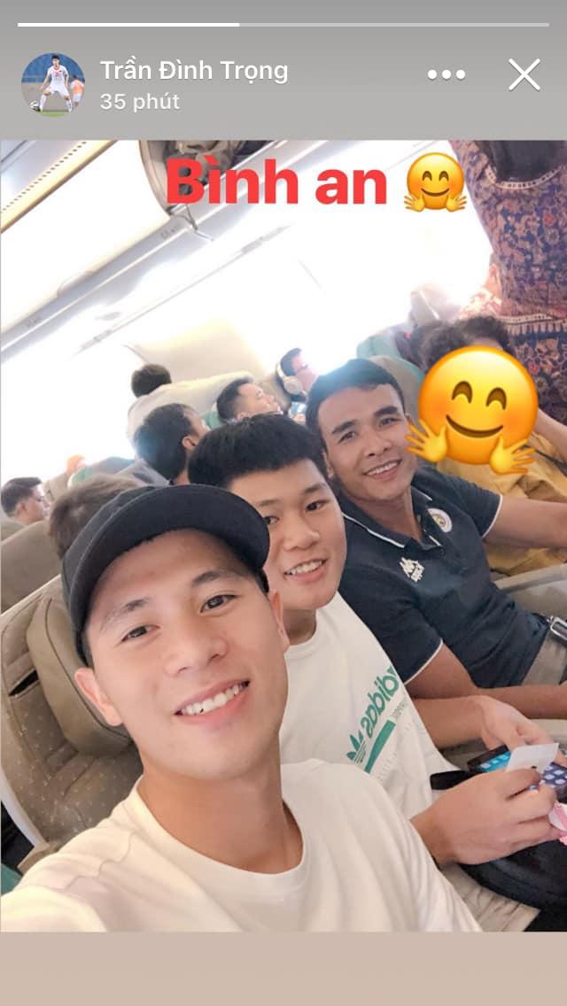 Đình Trọng sang Singapore điều trị chấn thương, bỏ lỡ cơ hội tham dự vòng loại World Cup 2020 - Ảnh 1