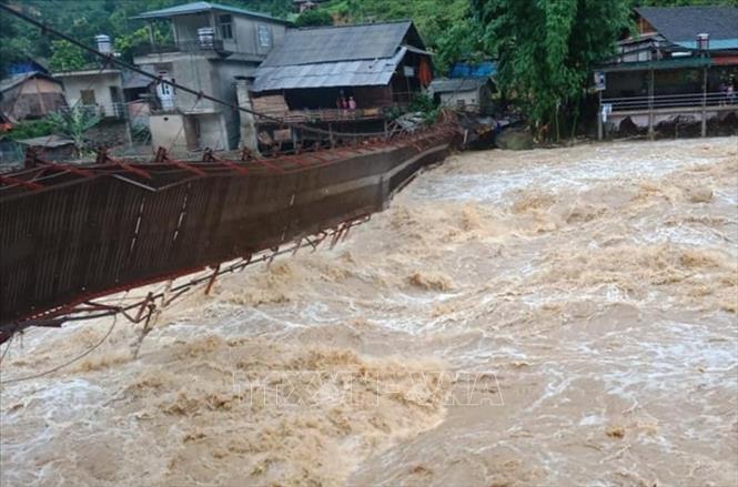 Các tỉnh miền núi phía Bắc ứng phó với diễn biến mưa lũ bất thường - Ảnh 1
