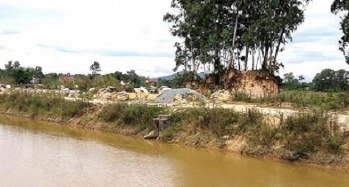 Nghệ An: Tìm thấy thi thể cụ bà 84 tuổi ngã xuống kênh tử vong khi rửa cỏ cho bò - Ảnh 1