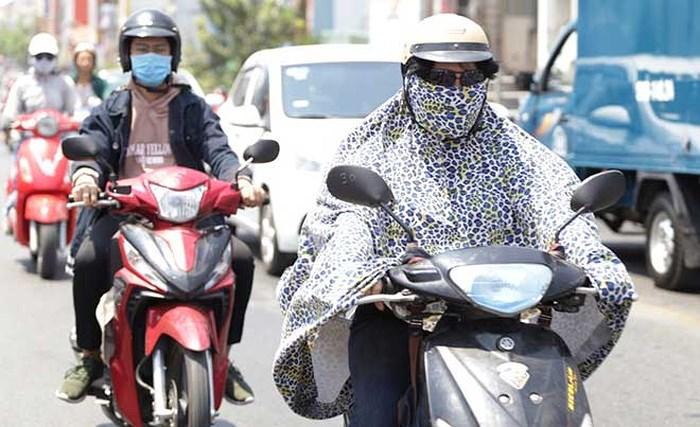 Chịu ảnh hưởng của rãnh áp thấp, Nghệ An - Hà Tĩnh sẽ có mưa vào chiều tối nay (1/7) - Ảnh 1