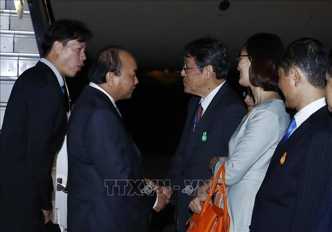 Thủ tướng Nguyễn Xuân Phúc đến Tokyo, bắt đầu chuyến thăm Nhật Bản - Ảnh 3
