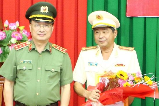 Nhiều cán bộ công an được điều động, bổ nhiệm tại các tỉnh Tây Nam Bộ - Ảnh 1