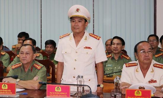 Nhiều cán bộ công an được điều động, bổ nhiệm tại các tỉnh Tây Nam Bộ - Ảnh 2