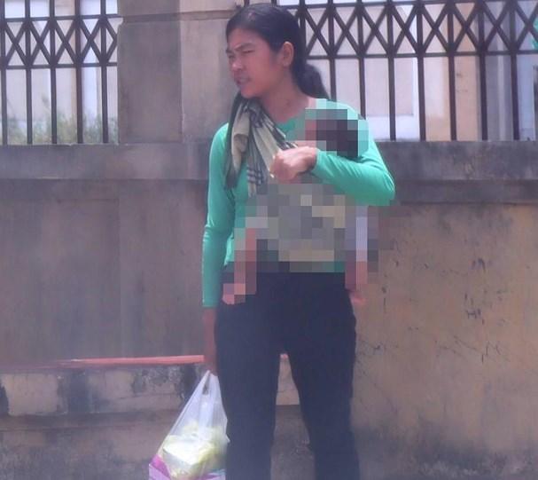 Tuyên phạt bà mẹ trẻ 8 năm tù vì hành vi bán con 3 tuần tuổi lấy 40 triệu tiêu xài - Ảnh 1