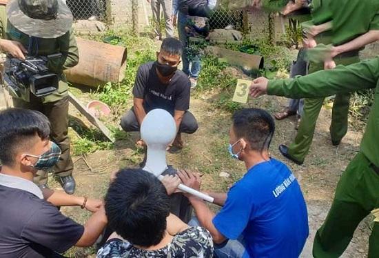 Vương Văn Hùng thực nghiệm lại cảnh siết cổ nữ sinh giao gà ở Điện Biên - Ảnh 1