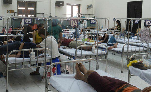 Sốt xuất huyết vào mùa cao điểm, Bộ trưởng Nguyễn Thị Kim Tiến đề nghị quyết liệt phòng, chống dịch - Ảnh 1