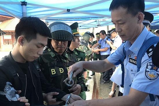 """Vụ đánh sập sới bạc """"khủng"""" ở Hải Phòng: Cần làm rõ việc đưa khách Trung Quốc vào không khai báo - Ảnh 1"""