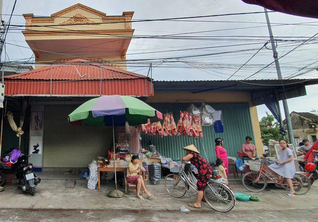 Tin tức thời sự mới nóng nhất hôm nay 7/8/2019: Rác bủa vây âu thuyền lớn nhất Đà Nẵng - Ảnh 3