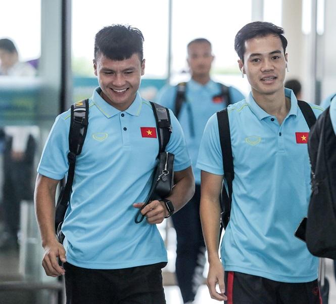 Thầy trò HLV Park Hang- seo lên đường sang Thái Lan, chuẩn bị thi đấu Vòng loại thứ 2 World Cup 2022 - Ảnh 6
