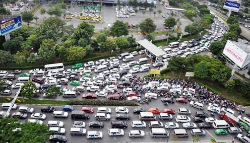 """Giải cứu kẹt xe sân bay Tân Sơn Nhất: Chi 4.850 tỷ đồng có xóa được """"điểm đen""""? - Ảnh 1"""