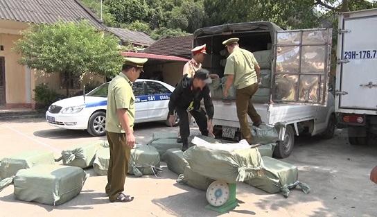 Lạng Sơn: Hơn 2,3 tấn nầm lợn không rõ nguồn gốc bị bắt giữ - Ảnh 1