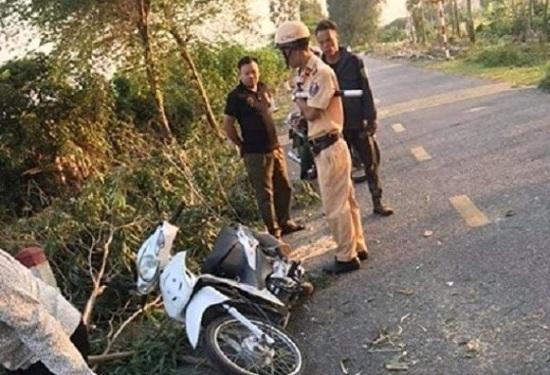 Hải Dương: Xót xa nữ sinh tử vong vì bị cây cưa đổ đè trúng - Ảnh 1