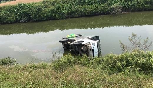 Hải Dương: Thương tâm 2 học sinh lớp 10 bị xe chở cơm tông tử vong trên đường đi học về - Ảnh 1