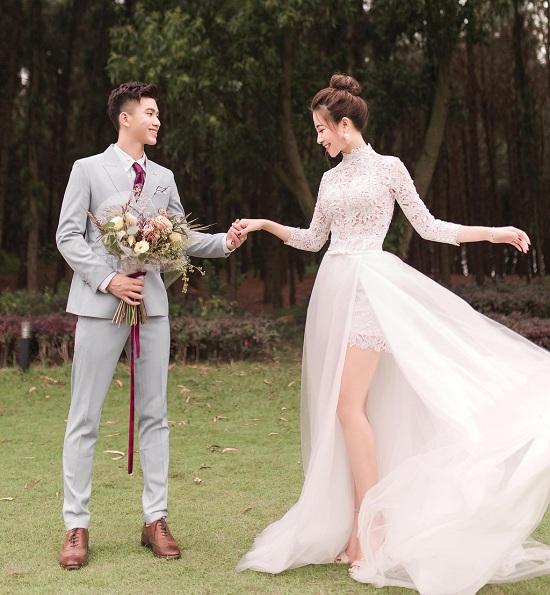 Phát sốt với bộ ảnh cưới siêu lãng mạn của vợ chồng cầu thủ Phan Văn Đức - Ảnh 2