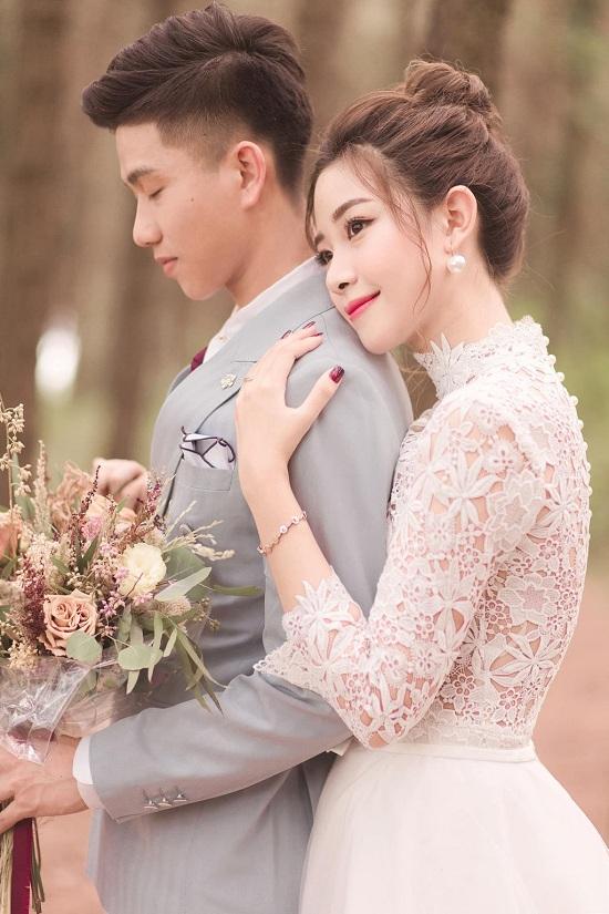 Phát sốt với bộ ảnh cưới siêu lãng mạn của vợ chồng cầu thủ Phan Văn Đức - Ảnh 3